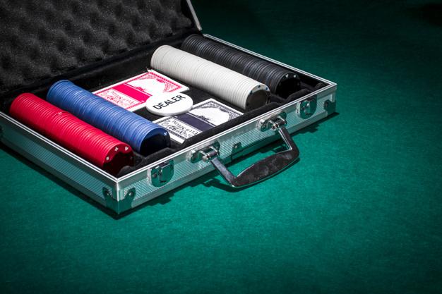 Покерный кейс
